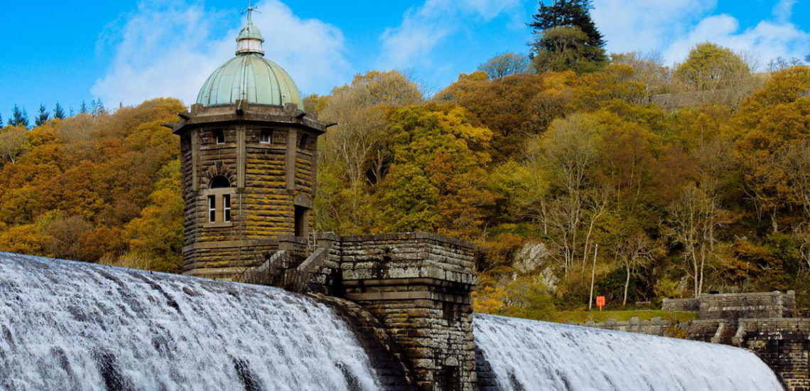 Mid Wales Holiday Lets offering tours of the Elan Valley